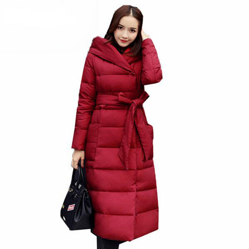 2018 New high quality Thick Slim Winter Down jacket Women Down jacket Fashion temperament Hooded lace
