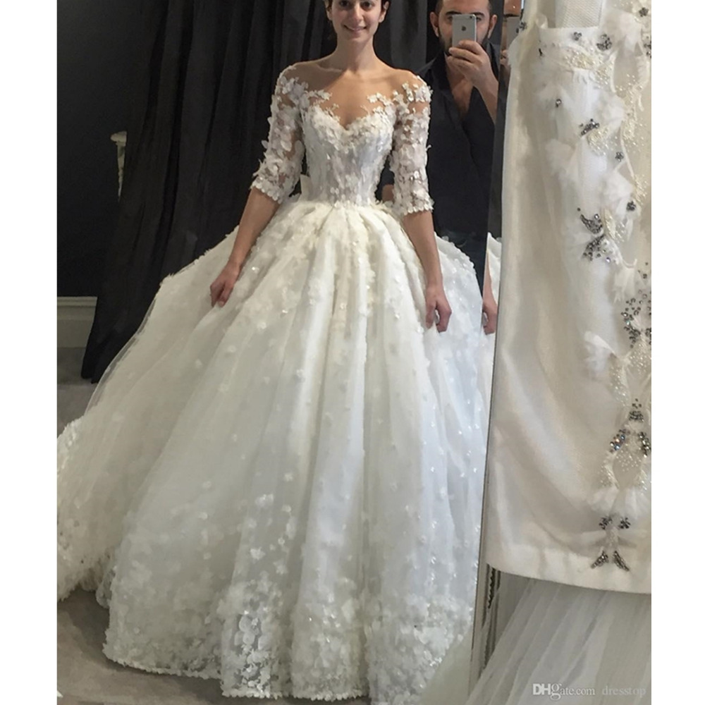 Vintage 3D Appliqued Ball Gown Lace Long Sleeve Wedding