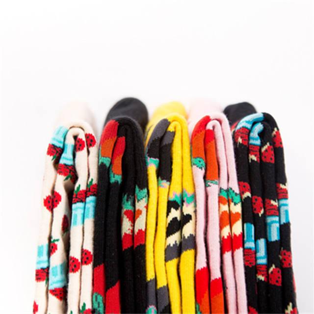 European Big Size Men 41-46 Footwear 200 Needles Knitting Crew Socks For Men Autumn Winter Long Fashion Strawberry Jacquard