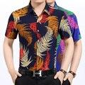 2016 Nuevo estilo del hombre de moda de verano multicolor colores trópico hojas impreso camisa de manga corta