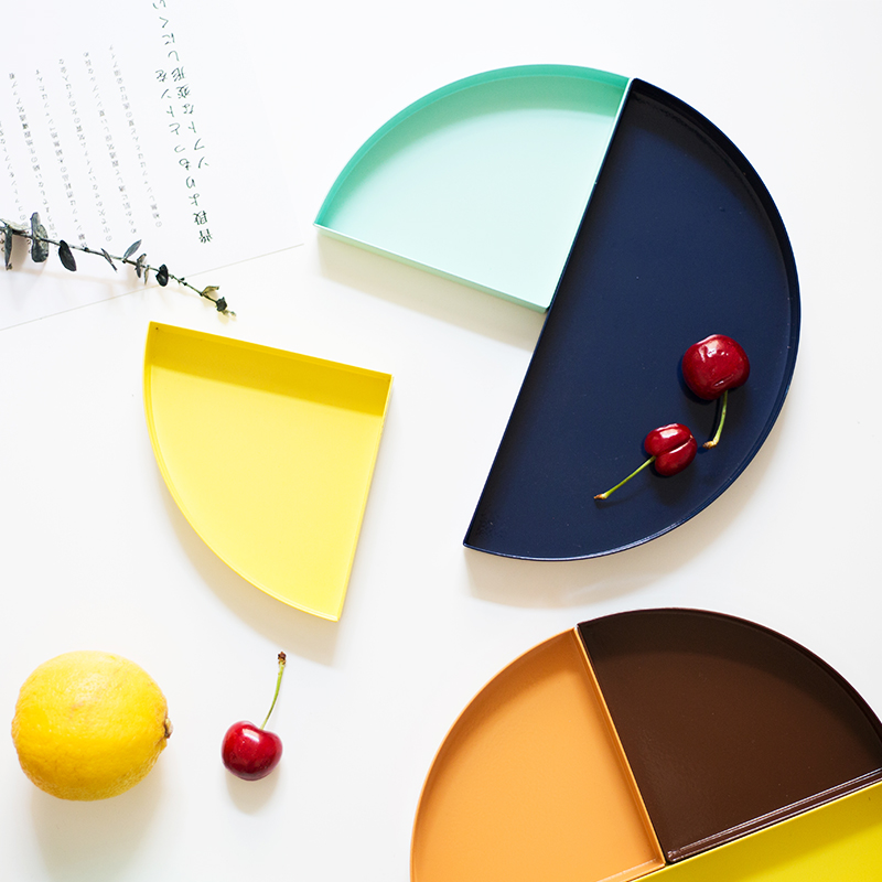 Nordic Metal Semicircle Storage Tray Scandinavian Colorful Desk Fruit Jewelry Storage Plate Home Organizer in Storage Trays from Home Garden