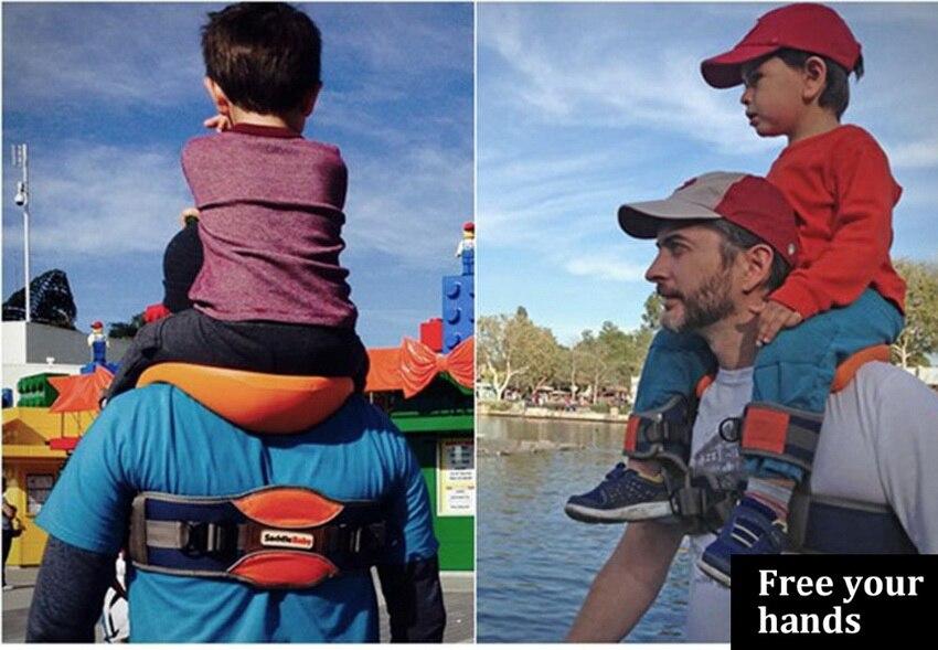 ombro de criança, seguro pai-criança caminhadas fezes de volta