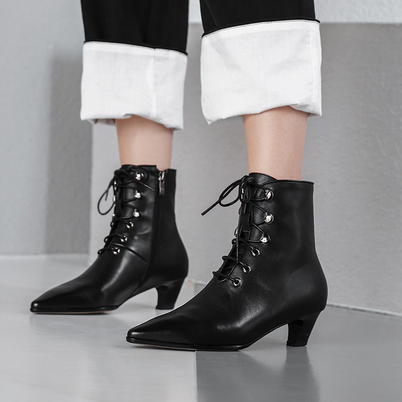 Bottes Cuir Femmes Dentelle up Véritable Black Martin Confortable Designer Chaussures De Automne Pointu Bout Chaussons Talon Marque En Med Court Cheville 55wqrx8