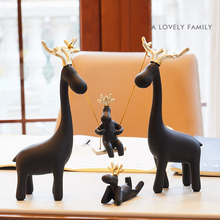 Europe Resin A family of four swing deer table home decoration crafts  Animals figurine halloween cabochon New house gifts