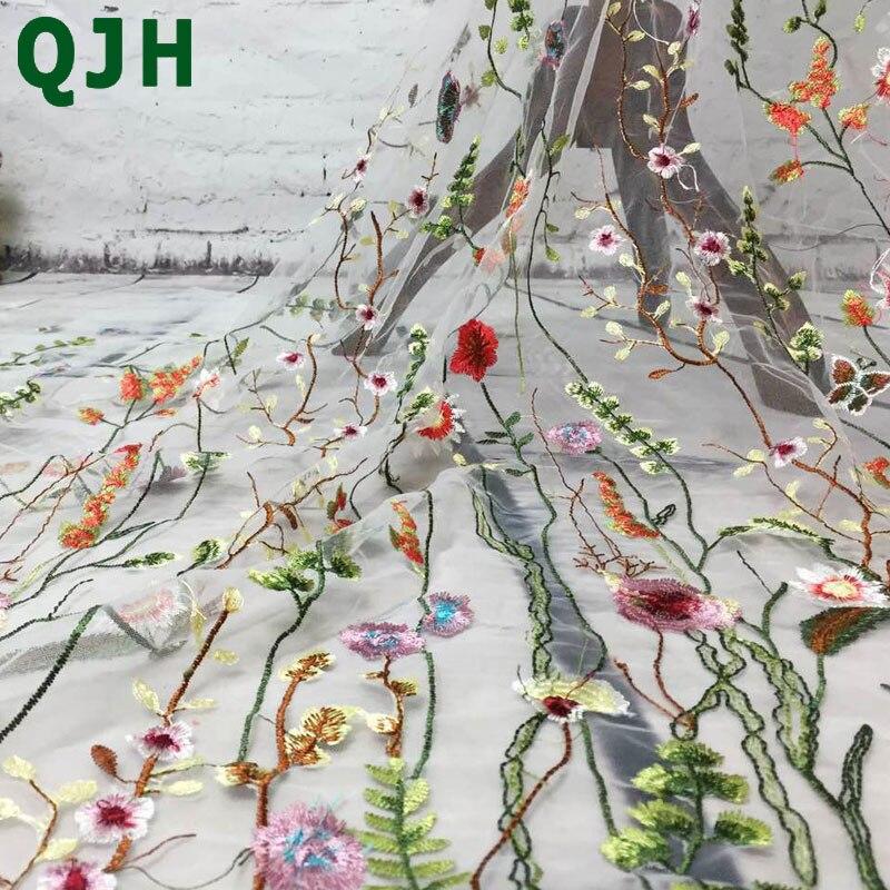 1 cour QJH Mode Vente Chaude Fleur Net Brodé Tissu Africain Matériel De Lacet Coudre Sur La Robe De Mariage Vêtements Tissu Patchwork Diy