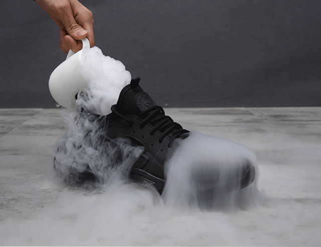 New-exhibition-Work-Safety-Shoes-2019-fashion-sneakers-Ultra-light-soft-bottom-Men-Breathable-Anti-smashing-Steel-Toe-Work-Boots (14)