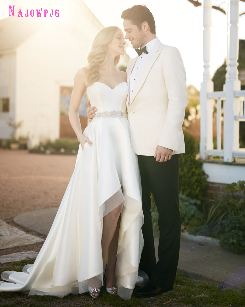 Cheap Plus Size Wedding Dress 2017 Beaded Strapless Bodice: Popular Wedding Dresses Pockets-Buy Cheap Wedding Dresses