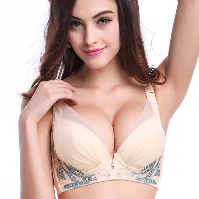 Sexy girls in bra photos