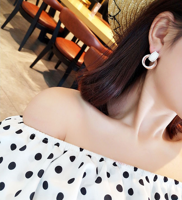 Fashion Accessories Brief  Pendant Earrings Female Personality Joker Contracted Earrings Eardrop Hipsters Jewelry women gift