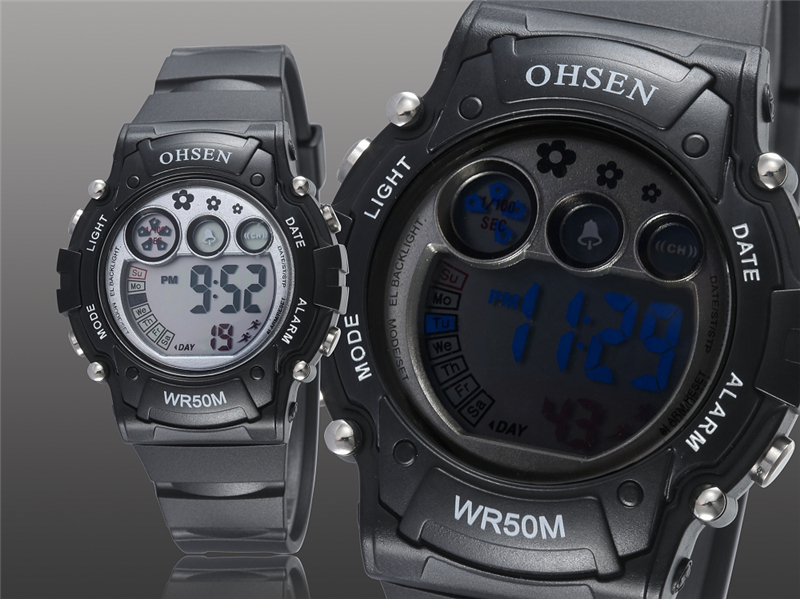 New 2019 OHSEN Digital Quartz Kids Boys Fashion Sports Wristwatch Rubber Band 50M Waterproof Sport Cartoon Cute Children Watches (19)