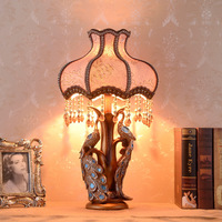 Chinese Classical Lamp Peacock Bedroom Bedside Lamp European Luxury Warm Wedding Decoration Crystal Lamp Table Vanity Light Pink