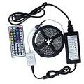 Alta Qualidade DC24V 5 m 300 LED 5050 LED luz de tira Flexível fita com Controle Remoto IR e DC 24 V 2A fonte de Alimentação adaptador