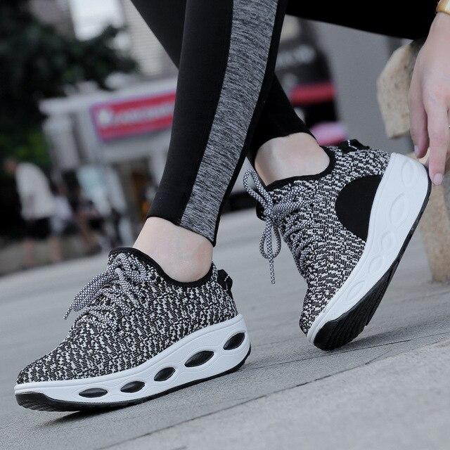 2017 Воздухопроницаемой Сеткой Обувь Для Похудения Фитнес Женщины Повседневная Обувь Клинья Платформы Качели Обувь Женская Дышащий chaussure femme