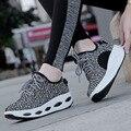 2017 Malha Respirável Mulheres Sapatos Casuais Cunhas Plataforma Balançar Sapatos Emagrecimento Sapatos de Fitness Senhoras Respirável chaussure femme
