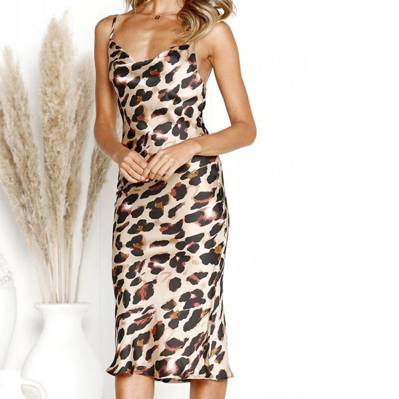 Summer Women Sexy Off-The-Shoulder Wrapped Chest Suspenders Bag Hip Wave Point Leopard Sling Dress