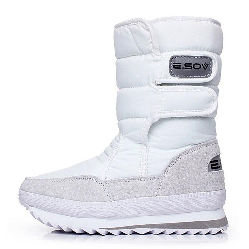 Image 2 - 冬のブーツの女性の雪のアンクルブーツ女性ホワイトレディースシューズパンプスぬいぐるみインソール防水の靴暖かいボタ Feminina    グループ上の 靴 からの アンクルブーツ の中