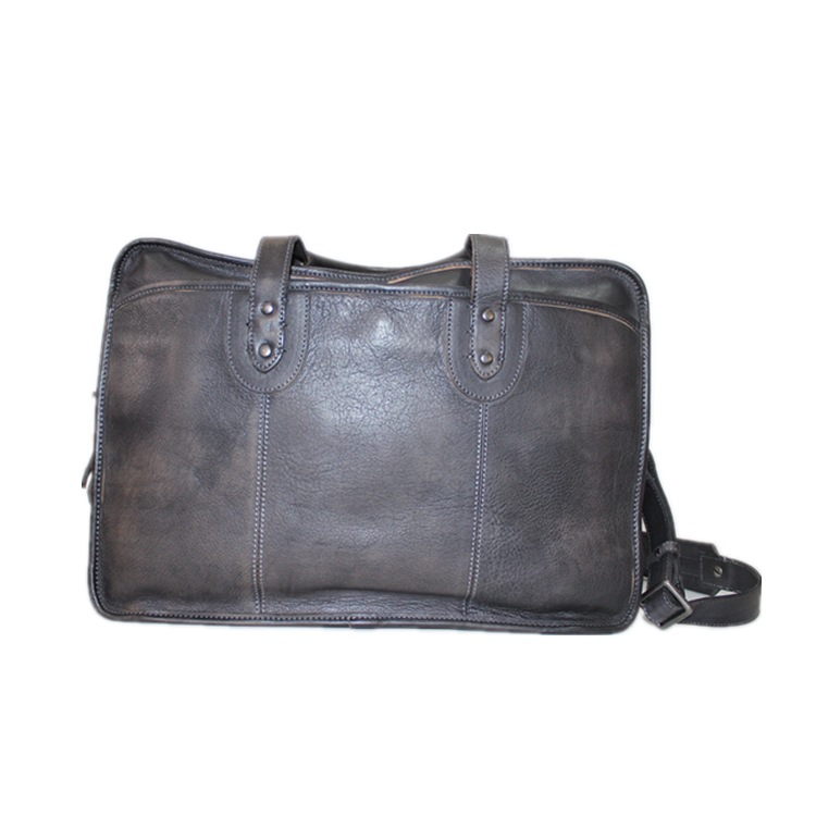 Briefcase is customized for men's business casual laptop bag, business bag, leather bag, male bag slanting.