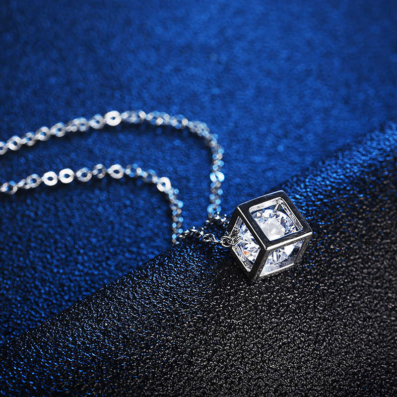 Nouveauté cristal strass pendentif collier pour les femmes mode argent couleur carré clavicule collier bijoux de mariage