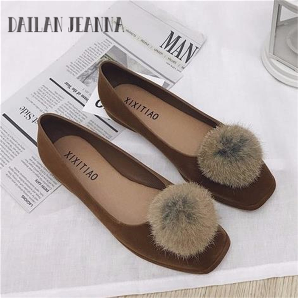 European retro rabbit fur lady shoes  comfortable and soft suede shoes Square in autumn vulcanize shoe women Suede casual flat