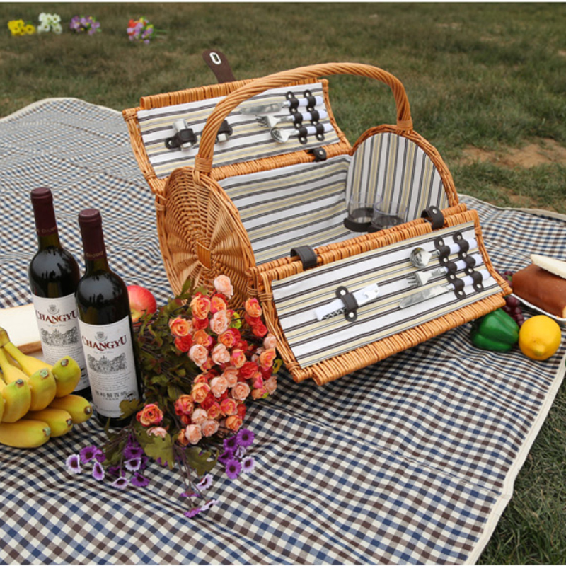 vintage wicker picnic basket set for 2 persons outdoor willow picnic basket for romantic. Black Bedroom Furniture Sets. Home Design Ideas