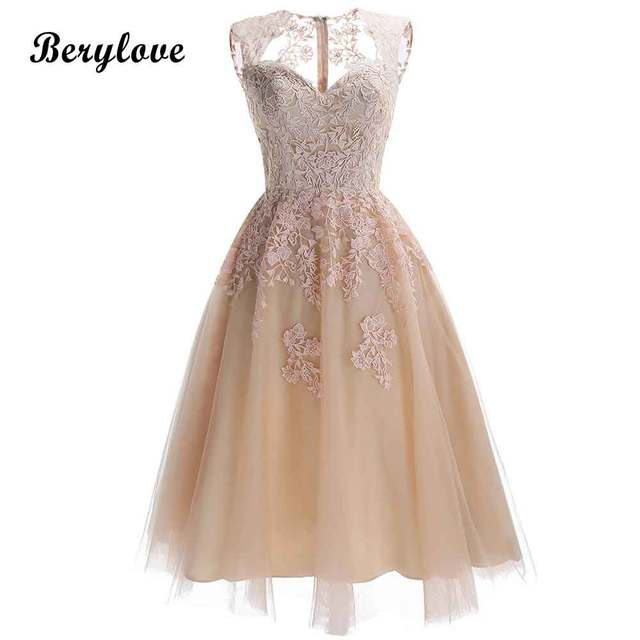 61fefb330c2 BeryLove Chic Champagne Knee Length Homecoming Dresses 2019 Short Lace  Homecoming Dress Party Gowns Cheap Graduation Dresses