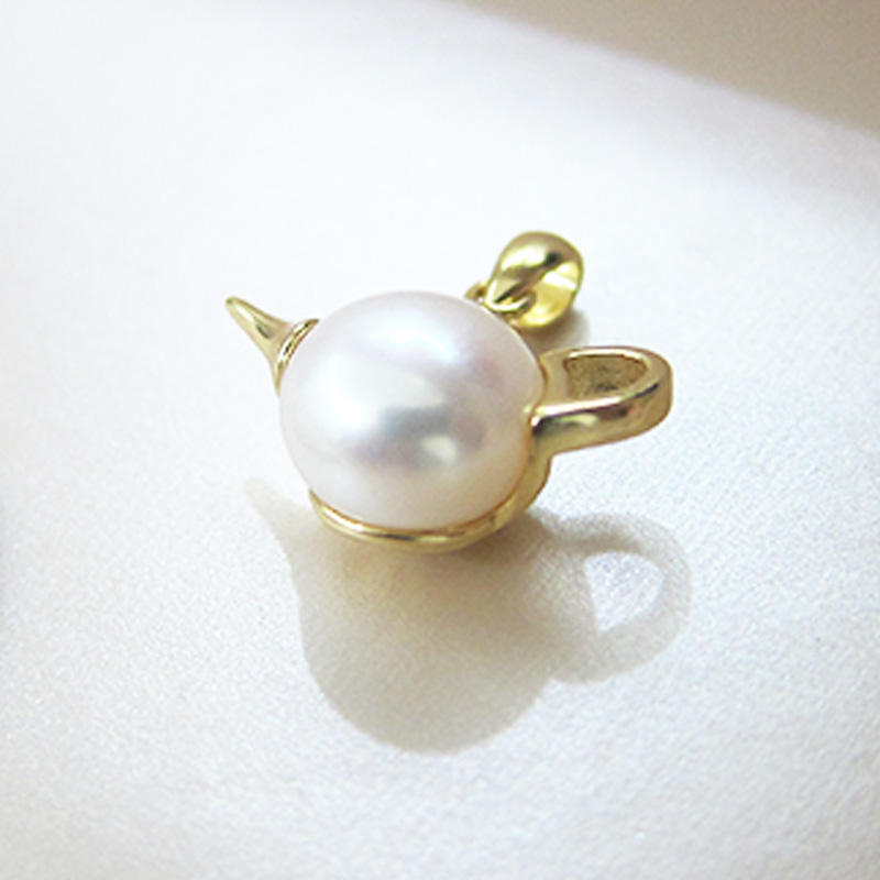 Women 39 s Pendant 925 Sterling Silver Unique Design Teapot Shape Cute Gift Pearl Fashion Pendant White Freshwater Pearl Jewelry in Charms from Jewelry amp Accessories