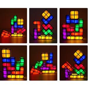 Image 2 - Tự Làm Tetris Xếp Hình Sáng Xếp Chồng Đèn Ngủ LED Constructible Khối Để Bàn 7 Màu Sắc Mới Lạ Đồ Chơi Children S Tặng
