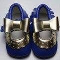 Bebé Niñas Mary Jane Flor Del Bebé Zapatos de Cuero de LA PU Arco de Oro Niñas Primer Caminante Del Niño Del Bebé Mocasines Moccs