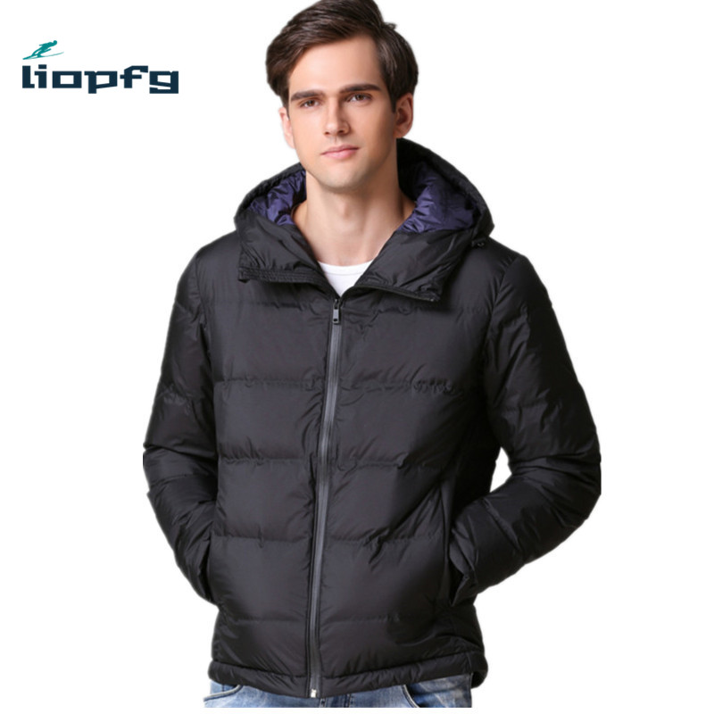 2017 New Fashion Men 's Cotton Clothing Large Size White Duck Down + High - Quality Cotton Hood Short Section Men' s Jacket WM84 henry cotton s бермуды