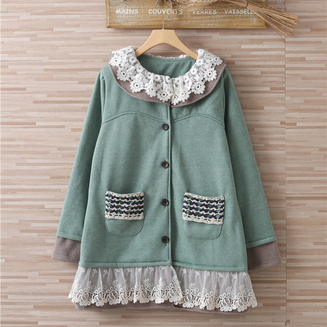 Vintage Hippie Boho Lolita Harajuku Lace Crochet Embroidery Tunique Femme  Thick Warm Hooded Autumn Winter Coat Jacket Chaquetas a149863343ed
