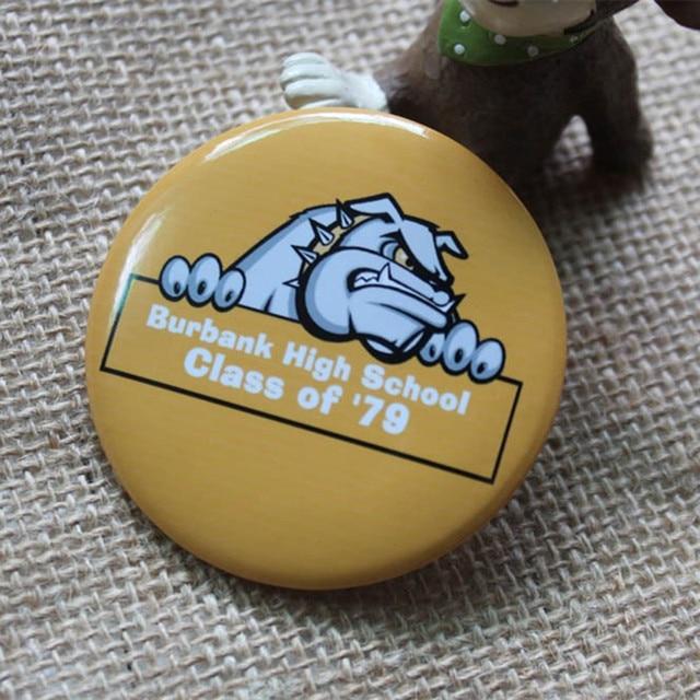 Hasil gambar untuk souvenir pin kustom