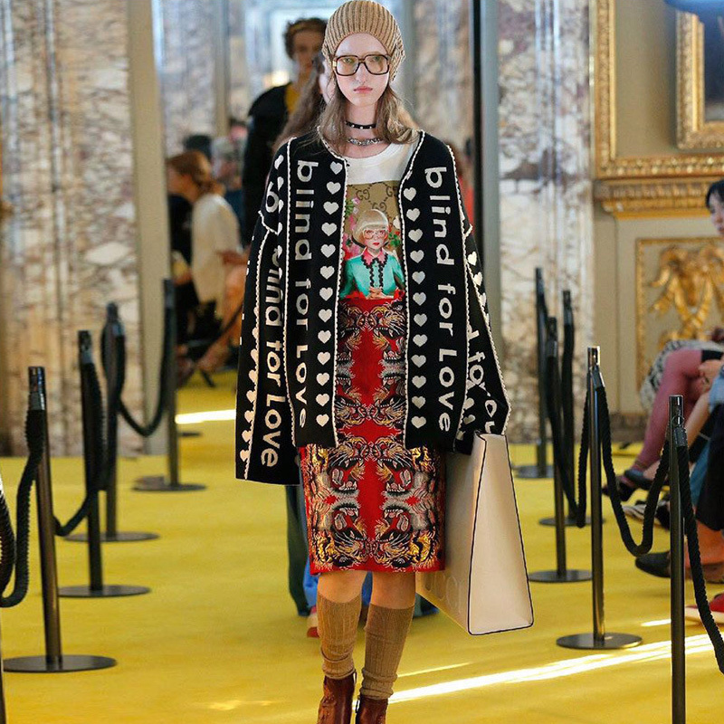 2018 Winter Christmas Runway Designer Letter Black Cardigan Long Sweater Women Vintage Striped Lady Jupmer Luxury Loose Clothing