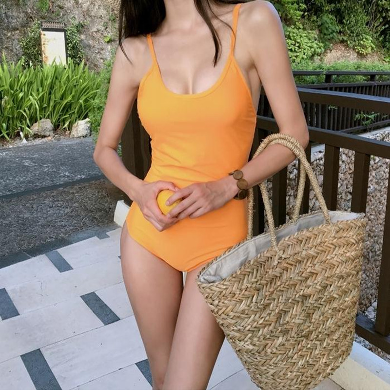 Summer Women Durable Weave Big Beach Bag Shoulder Bag Casual Round Rattan Straw Bags Bohemia Style Circle Travel Bag Popular
