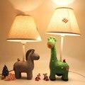 Luz de la decoración Bebé Niños Cuidado de Los Ojos LED Lámpara de Escritorio de Noche Para Habitación de Los Niños Minion Lámparas Led Lámpara de Mesa de Sombra