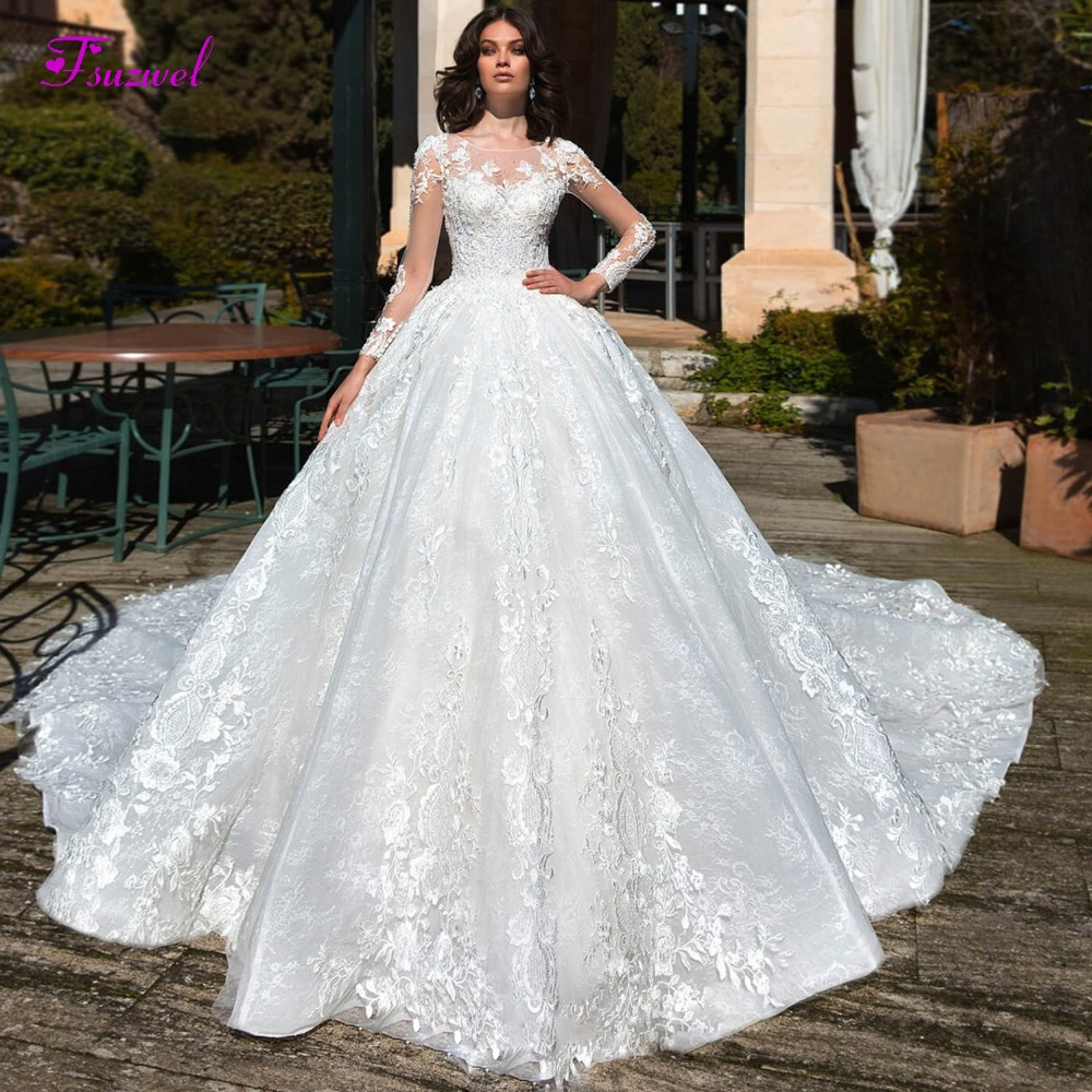 Glamorous Long Sleeve Lace Chapel Train A-Line Wedding Dress 2019 Luxury Beaded Scoop Neck Princess Bridal Gown Vestido De Noiva
