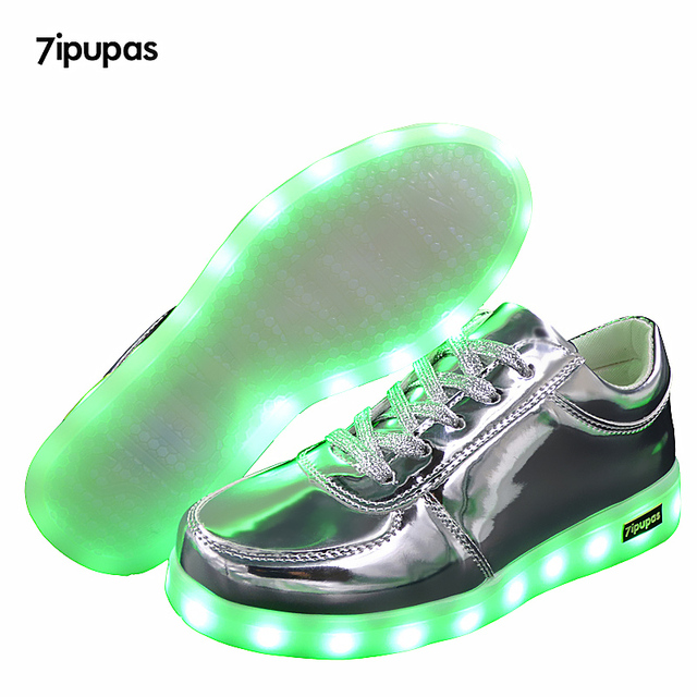 plus récent 575fb 7d3f4 US $12.84 24% OFF|7ipupas Luminous Sneakers USB Kids Shoes Led light up for  children boys girls basket lumineux growing tenis Led glowing sneakers-in  ...