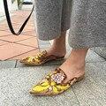 Горячая Новая Мода Женщины Тапочки Роскошный Дизайн Вышивки Цветы Кендалл Дженнер Наряд Велет Мвд Цветочные Шлепанцы Тапочки Обувь Женщины