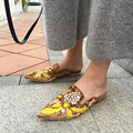 Hot New Fashion Women Slippers Luxury Design Embroidery Flowers Kendall Jenner Outfit Velet Mia Floral Mules Slipper Shoes Women