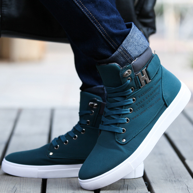 8476ef9b3 2016 Hot Men Shoes Sapatos Tenis Masculino FaMale shion Autumn Winter  Leather Fur Boots For Man Casual High Top Canvas Men Shoes-in Men s Casual  Shoes from ...