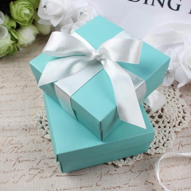50 יחידות Case פאוץ מתנת תכשיטי קופסא ממתקי חתונה ממתקים לטובת תיבת שוקולד טורקיז כיכר עם משי רצועת כלים