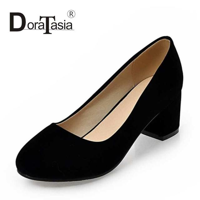 Factory New Design Chunky Heel Shoes Woman Slip On Flock Uppers Round Toe Less Platform Pumps