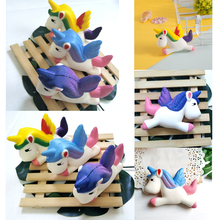 13 CM Starry Sky Unicornio Squishy Doll Slow Rising Galaxy Flying Horse Descompresión Oficina Toallitas Anti Stress Reliever Squish Toys