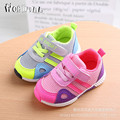 2017 kids shoes bebé niño zapatillas niñas boy sports shoes kids shoes de malla transpirable deportes de colchón de aire de color fluorescente 1-4