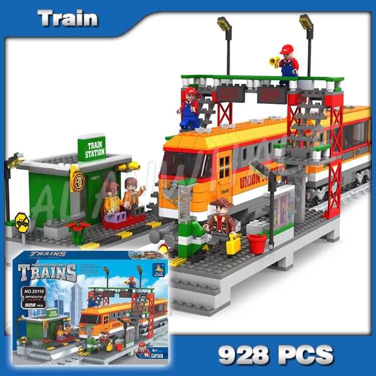928 шт. Creator высокоскоростная пассажирская железнодорожная станция локомотив модель строительные блоки кирпичики город железная дорога Игр