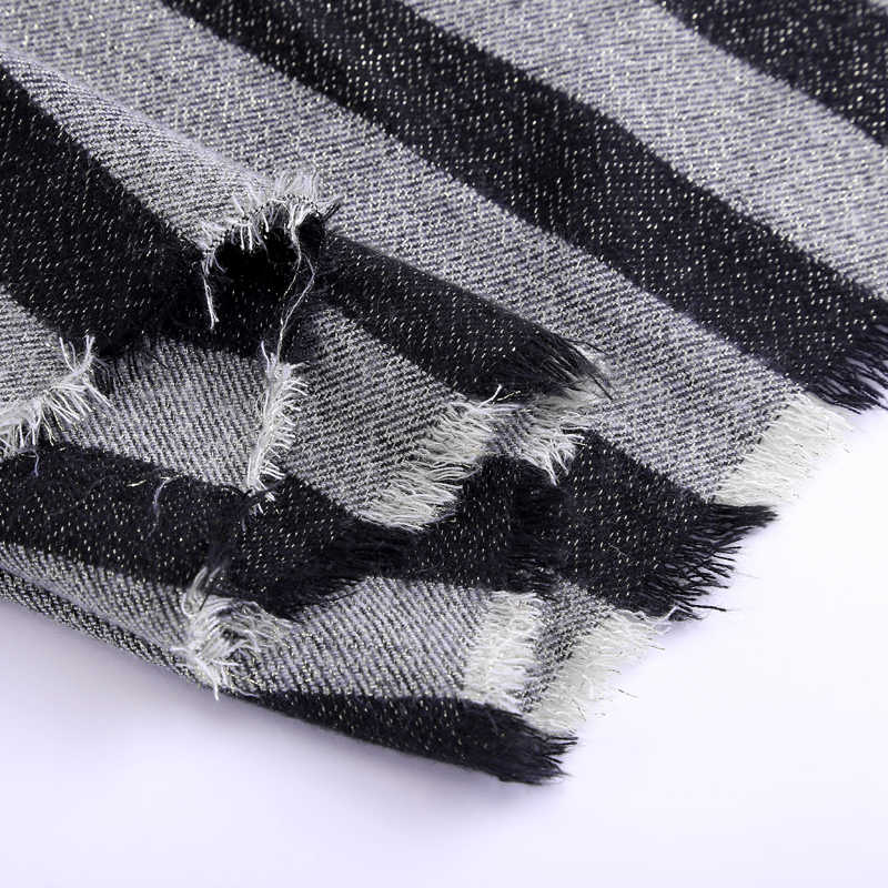 Marte&Joven Fashion Black and Gray Striped Thick Knit Winter Scarf for Women Warm Imitation Cashmere Za Pashmina