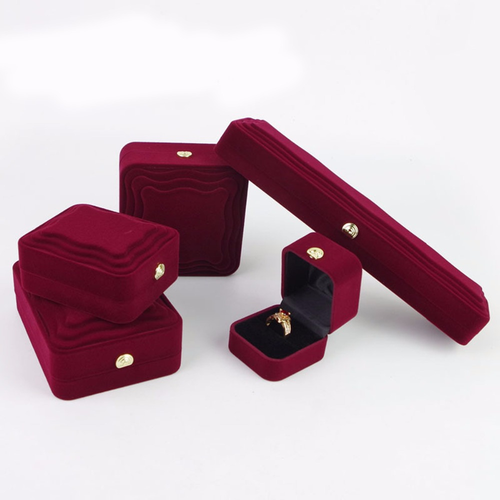Engagement Ring Box Sale: Velvet Jewelry Box For Necklace Ring Bracelet Red