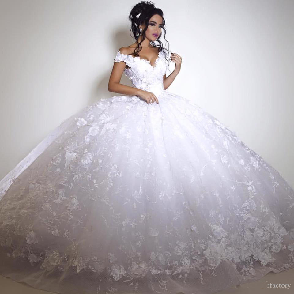 2K17 Sexy White Lace Wedding Dresses 2017 Ball Gown Ruffled V Neck Appliqued Bridal Party Celebrity Gowns Off The Shoulder