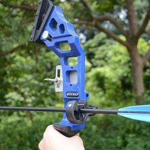 Image 5 - Profissional arco recurvo tiro com arco 40lbs poderosa caça arco terno para a prática de tiro ao ar livre setas acessórios