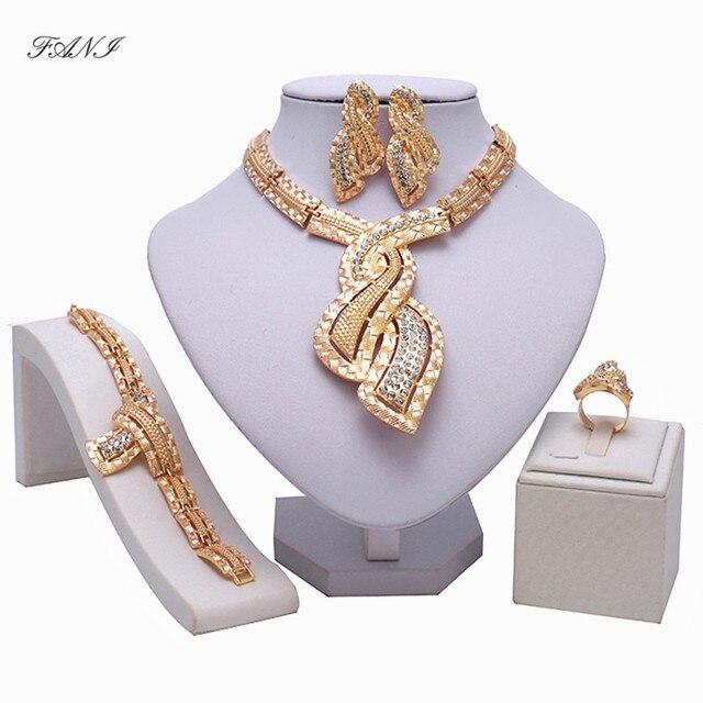סטי תכשיטי חרוזים אפריקאים אופנה נשים לקוחות Fani אביזרי כלה גביש סט תכשיטים בצבע זהב דובאי כלה ניגרית