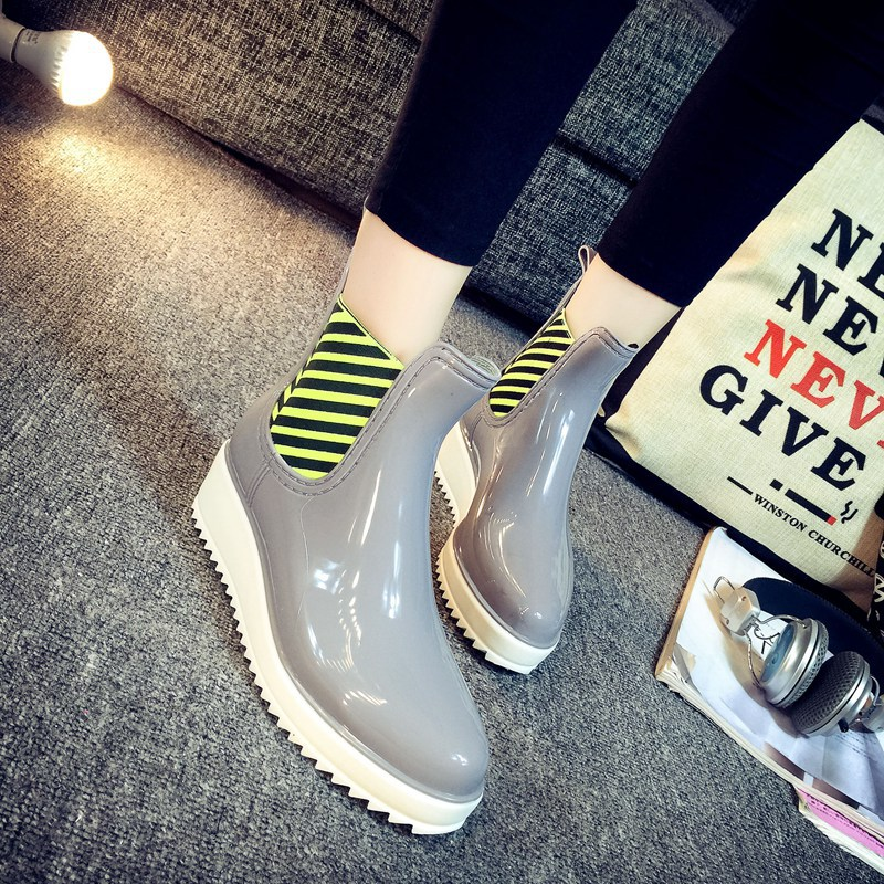 2016 Women's Non Slip Martin Short Ankle Rain Boots Comfortable Soft Walking Waterproof Rainshoes for Lady Botas Lluvia Mujer